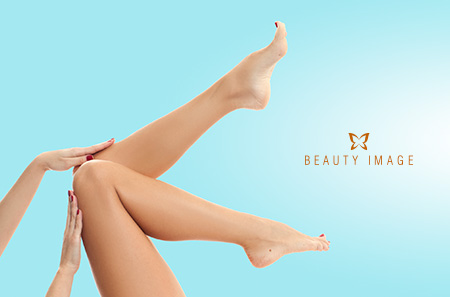Smooth Woman Legs Thanks to the Benefits of Waxing