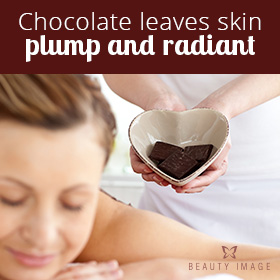 Chocotherapy Treatment Woman in Table Spa